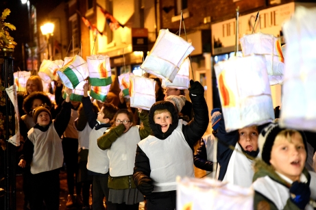 Retford's lantern parade